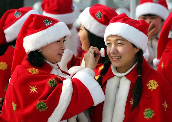 Korean+Amusement+Park+Hosts+Santa+Claus+School+6_nBds-Zw6Vl