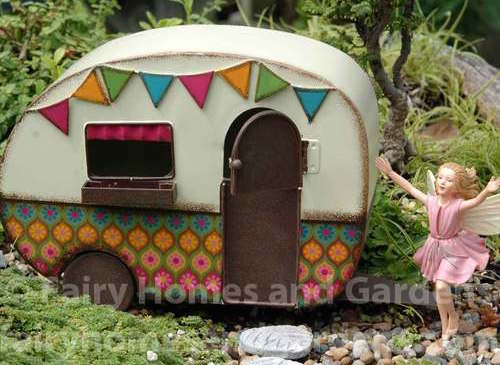 gypsy_camper_with_fairy_2__74411.1403915482.500.500